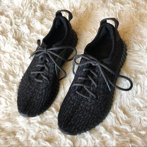 Yeezy Adidas Boosts (Not Real‼️)